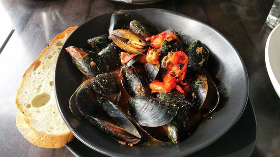 Como, Australia: chilli mussels