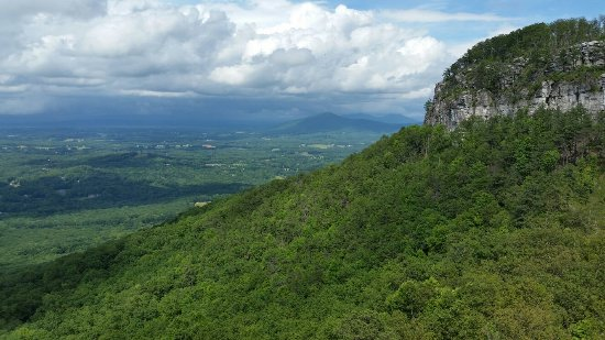 Mount Airy, NC: Pilot Mountain