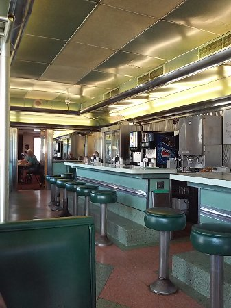 Blairsville, PA: Dean's Diner, stainless steel, jade green, Fedoro diner, 1953