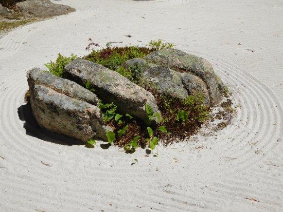 Northeast Harbor, ME: Zen Sand Garden