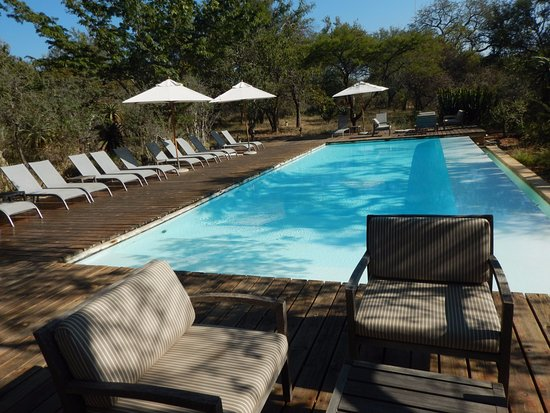 Kapama Southern Camp: Beautiful but too cold to use in June