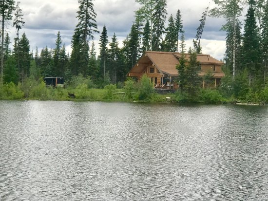 Lac La Hache, Kanada: Our block house and some views and the trip to Quesnel Lake.