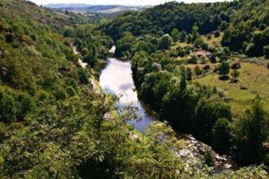 Chouvigny, Frankrike: Des vues somptueuses