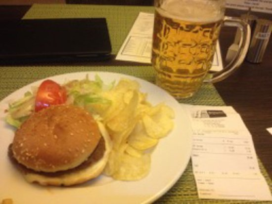 Rumlang, Switzerland: SF 25 for frozen burger and a beer