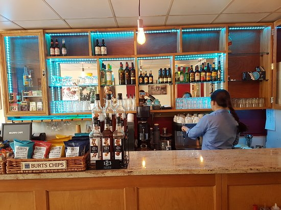 Cinderford, UK: Muzos cafe new bar