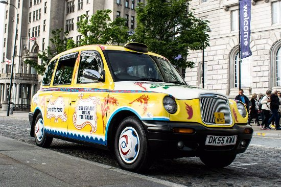 ‪Mad Day Out Beatles Taxi Tours‬
