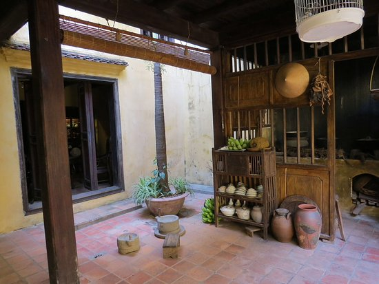 inside the ancient house picture of ancient house hanoi tripadvisor