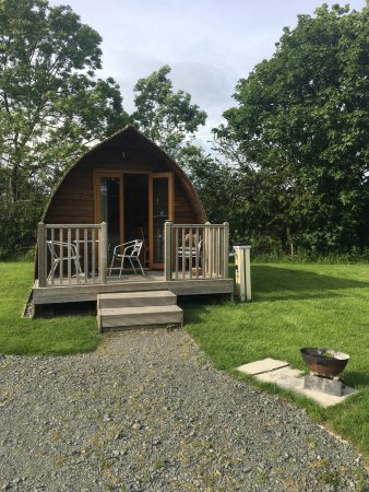 Bowness on Solway, UK: A great long weekend spent in these lovely wigwams. Very clean and comfy and the guest house sta