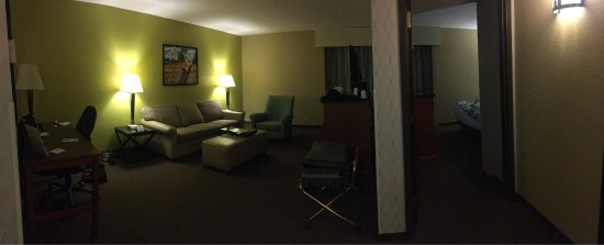 Drury Inn & Suites Houston The Woodlands: photo0.jpg