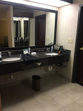 Drury Inn & Suites Houston The Woodlands: photo3.jpg