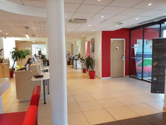 Chaponnay, France: TA_IMG_20170611_130546_large.jpg