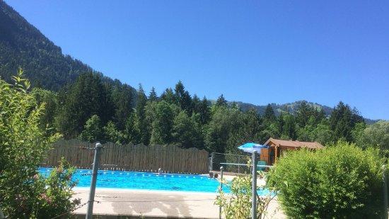 Chateau-d ' Oex, Suíça: Magnifique vue sur les sommets des alentours
