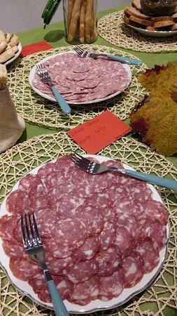 Fontanile, Italy: piatto di salame cotto e crudo