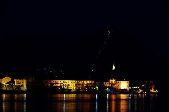 Hotel Romagna: isola dei pescatori, la nuit, vue du balcon