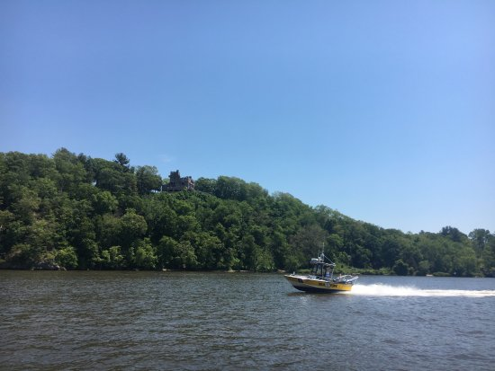 Haddam, CT: Views along the river
