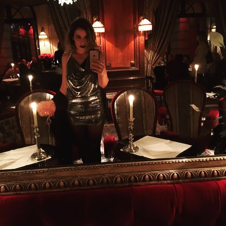 this is me at hotel costes bar picture of costes paris. Black Bedroom Furniture Sets. Home Design Ideas