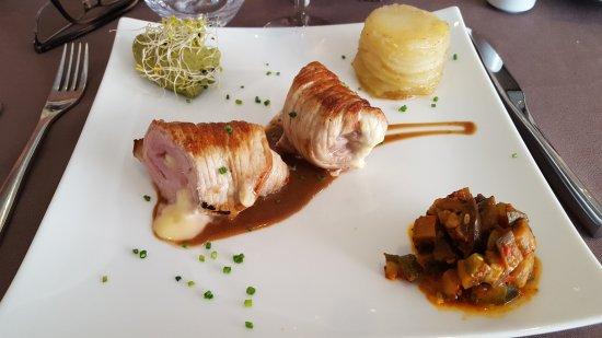 Saint-Leonard-de-Noblat, Frankrijk: Une jolie découverte : service agréable et efficace, plats beaux et bons ....