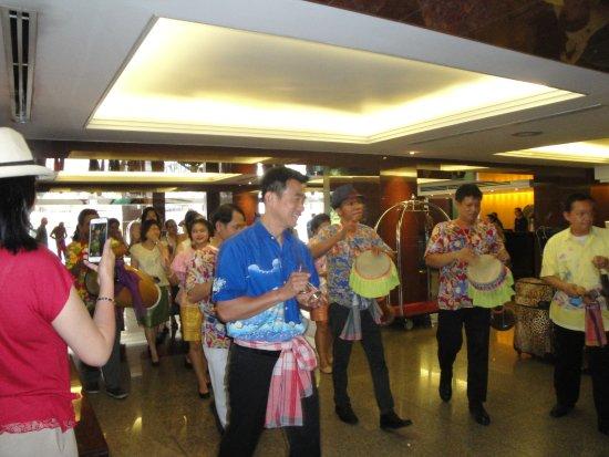 โรงแรมอมารี บูเลอวาร์ด: Songkhran celebration