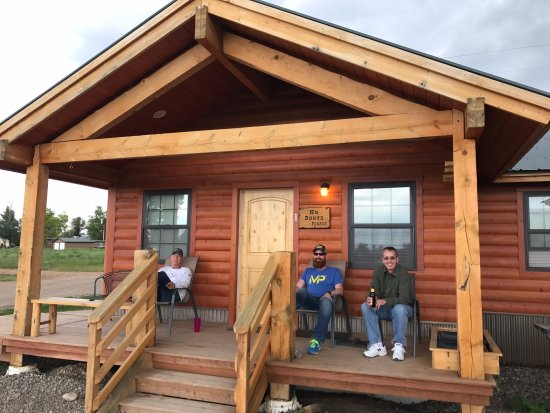 Fort Smith, MT: 2 Bdrm Cabin
