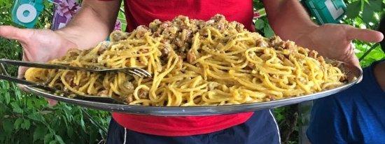 Cagli, อิตาลี: piatto per 6...