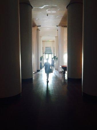 Delano South Beach Hotel: photo0.jpg
