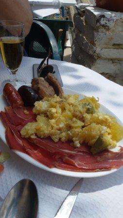 Pampaneira, Spain: Plato tipico Alpujarreño