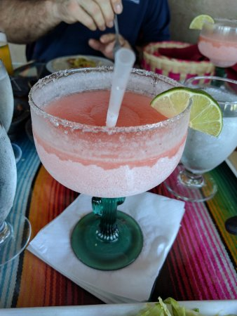 Polanco Mexican Restaurant & Cantina: Strawberry Margarita 16 oz (they have a 12 oz & 20 oz too)