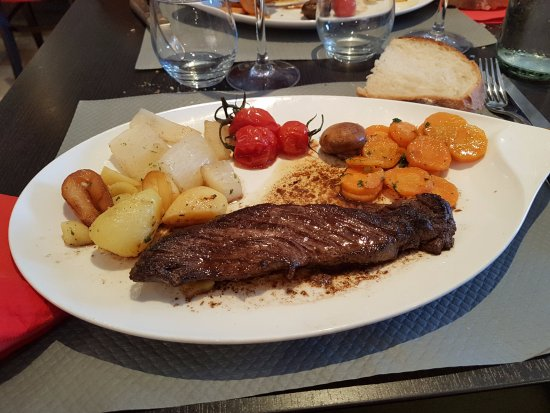 Montagny, France: plat du menu