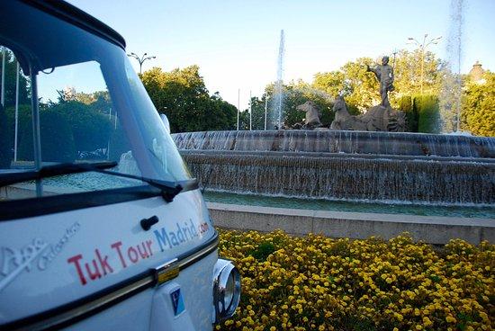 Tuk Tour Madrid: Toma las mejores fotos sin tener que bajarte!