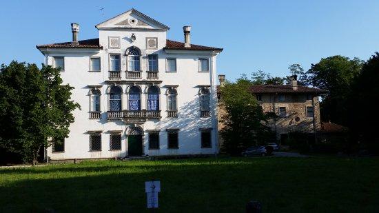 Villa de Piccoli, Savorgnan Di Brazza, Martinengo: La villa.
