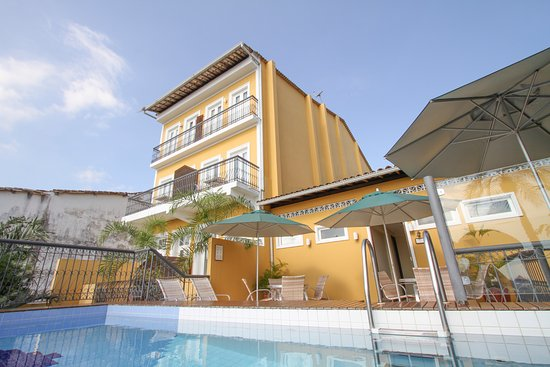 Hotel Casa do Amarelindo: Swimming-pool with Bay View