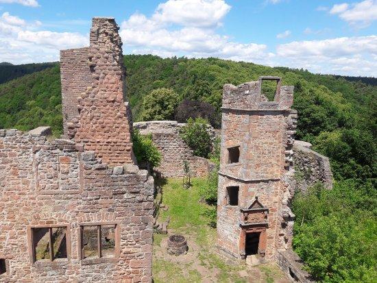 Burgruine Madenburg: photo5.jpg
