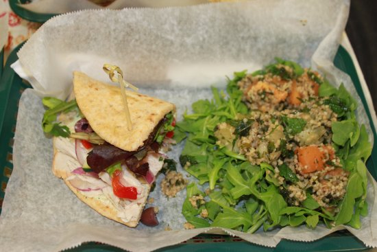 Belle's Bistro at Chattooga Belle Farm: Half a Mediterranean Turkey and Special Salad with Tabbouleh and Cantaloupe