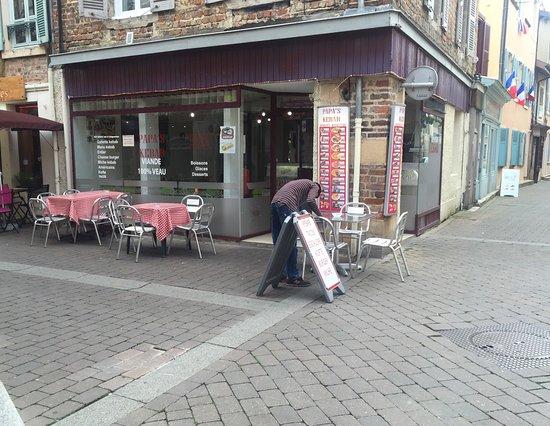 Chatillon-sur-Chalaronne, Francia: Papa's Kebab