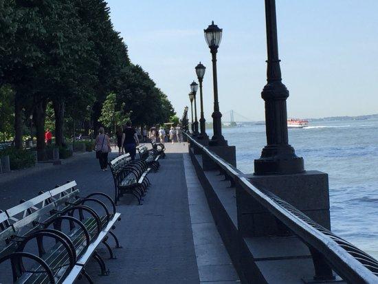 Battery Park : photo2.jpg