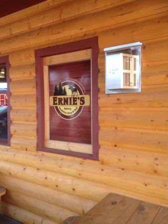 Ernie's Bakery and Deli : photo0.jpg