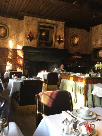 Hotel de Orangerie: breakfast/dining room