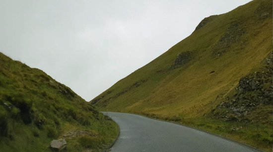 Hope Valley, UK: Winnat's Pass