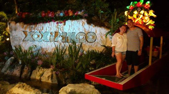 Xoximilco Cancun: 20170607_203534_large.jpg