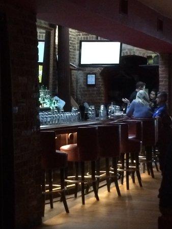 Vermilion Restaurant: Bar