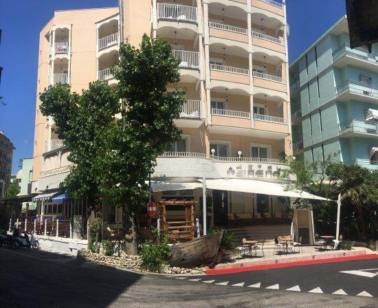 Sirena Boutique Hotel