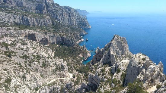 over view of the lagoon area picture of parc national des calanques marseille tripadvisor. Black Bedroom Furniture Sets. Home Design Ideas