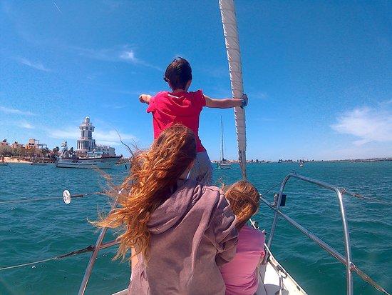 Costa de la Luz, Spain: El mar se abre a los visitantes. Ya no es terreno exclusivo de los hombres del mar.