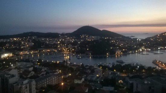 Hotel Adria: de noche