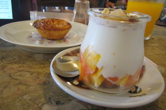 Saudade: Yoghurt cup and Pasteis de Nata