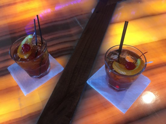 Mars Restaurant: Old Fashions done the old fashioned way