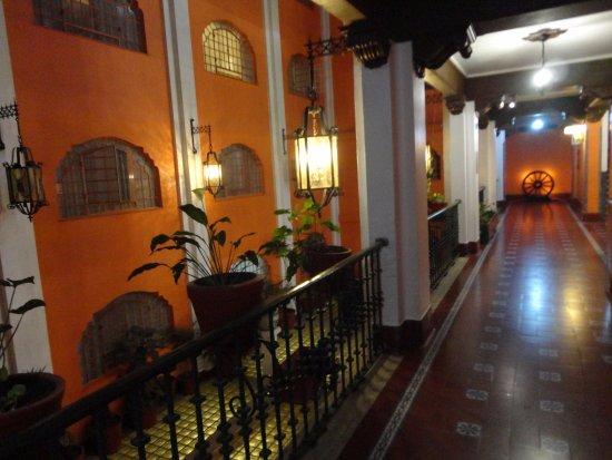 Best Western Hotel Majestic: Hall do Hotel