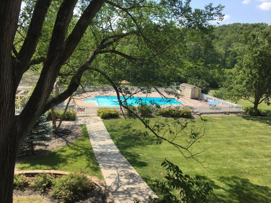 Excelsior Springs, MO: Pool area was gorgeous and very relaxing