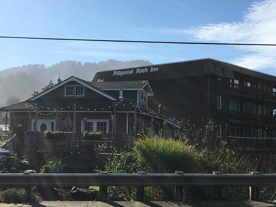 Neskowin, OR: Beach,Proposal Rock , Inn, the Market and Hawk Creek