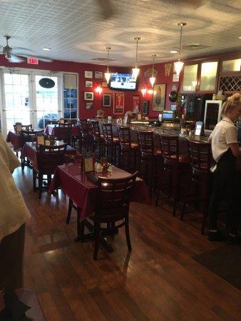 Port Saint Lucie, FL: Inside the restaurant